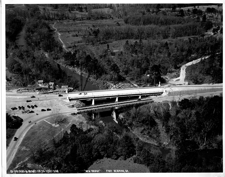 935 in back-1923 trestle ridge in front, footings to pre-1923 bridge at water level